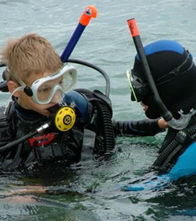Дети ярче и эмоциональней воспринимают новый - подводный мир.