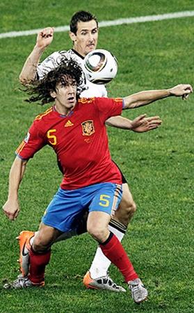Испания в лице Пуйоля не оставила шансов сборной Германии.