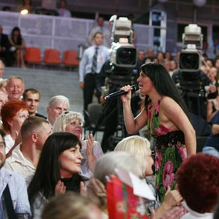 Елена Ваенга мгновенно завела зал. Фото: Елена ВАЛЬКОВИЧ