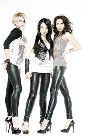 Группу «Пающие трусы» считают одним из главных претендентов на победу в «Новой волне - 2010».