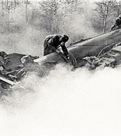 Такие ракеты во времена «холодной войны» СССР производил, как сосиски.  Но маршал Огарков считал, что ставку надо делать на высокоточные неядерные вооружения и  суперсовременные системы управления боевыми действиями.