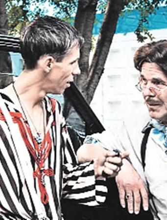«Плохишей» в новом фильме играют два Алексея - Панин и Булдаков.