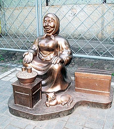 Комсомольск прославился оригинальными памятниками.