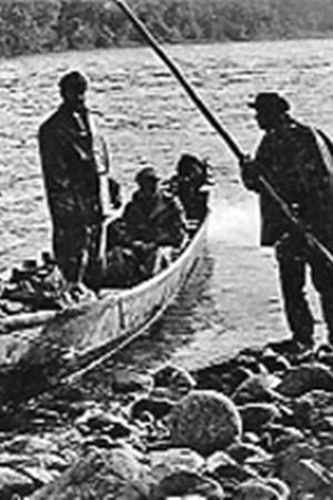 Река Абакан течет быстро. На ней  много мелей, скрытых камней и лесных завалов. На лодке плыть по Абакану решится только смелый и умелый человек. Лодки, построенные в Абазе на Абакане, считаются легкими, надежными.