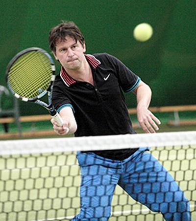 Один из лучших теннисистов Рады - Павел Костенко.