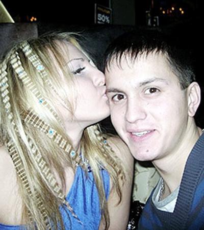 Кристина и Саша были счастливы три года.