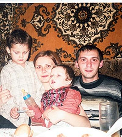 После смерти Татьяны Руслан стал отцом-одиночкой.