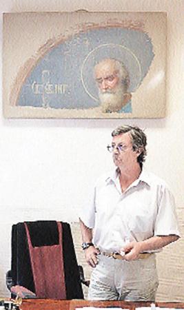 Руководитель группы реставраторов Сергей Филатов рассказал об уникальной кремлевской находке.
