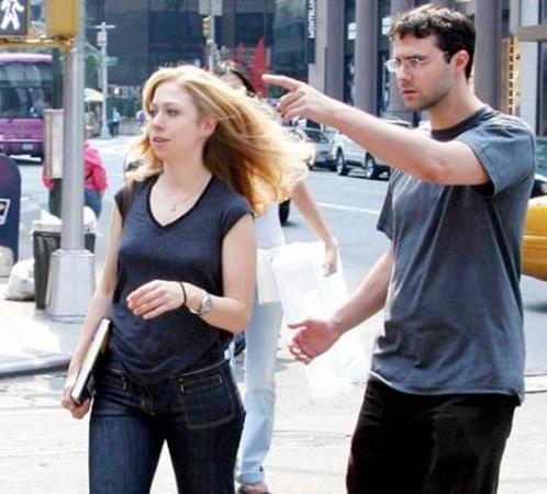 Сейчас же парочка влюбленных живет в Нью-Йорке