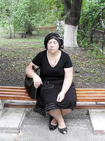 Мать погибшего Любовь Левченко, узнав о смерти сына, попала в больницу.