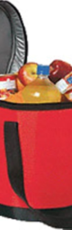 Такая сумка гораздо дешевле автохолодильника, но напитки в ней останутся прохладными.