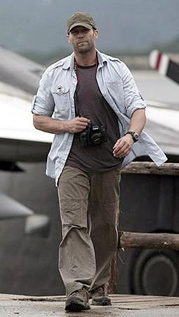 Джейсон Стэтхэм сменит костюм «перевозчика» на военную форму.