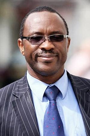 Юрист из Нигерии Майкл Аделасойе решил помочь нелегалам устроиться в Англии.