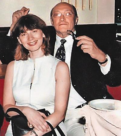 ...а к театральному продюсеру Анне Ямпольской Козаков вернулся спустя восемь лет после развода.