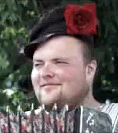 Главными героями «русского» видеоролика ко Дню Независимости Украины стали бестолковый гармонист...