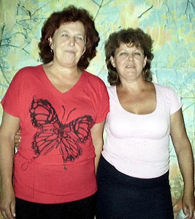 Господин министр здравоохранения! Медсестра Надежда и санитарка Нина (слева направо) дождутся рентгенаппарата для амбулатории?