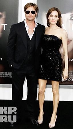 Анджелина Джоли - сходство с Монро все-таки есть.