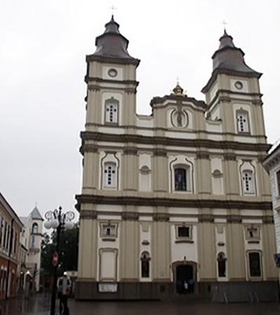 В «малом Львове» - так называют Ивано-Франковск - что ни дом, то настоящий музей.