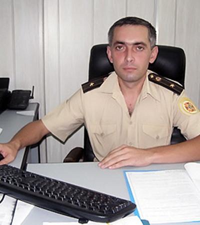 Майор Александр Коробка доказал,что он - настоящий спасатель.
