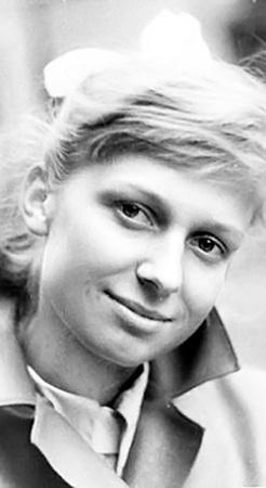 Людмила Шкуркина была солисткой ансамбля