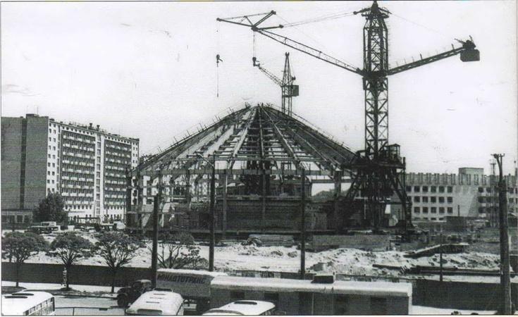 На строительство нового цирка было выделено 5 миллионов рублей.