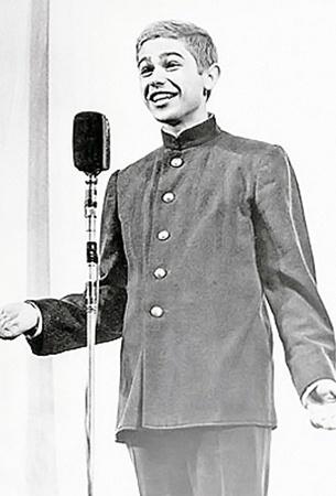 1964 год. Евгений Петросян - конферансье в оркестре Утесова.