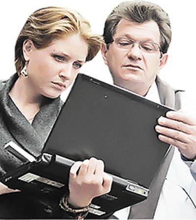 Современные технологии помогают исполнителю роли мужа Каменской Андрею Ильину лучше подготовиться к очередному дублю.