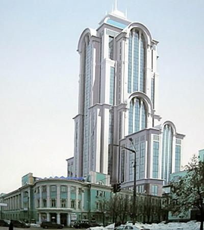 Если этот отель на Грушевского построят, Дом офицеров будет выглядеть флигелем.