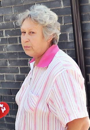 Валентина Мишакова, мать двоих погибших братьев, утверждает, что ей до сих пор угрожают.