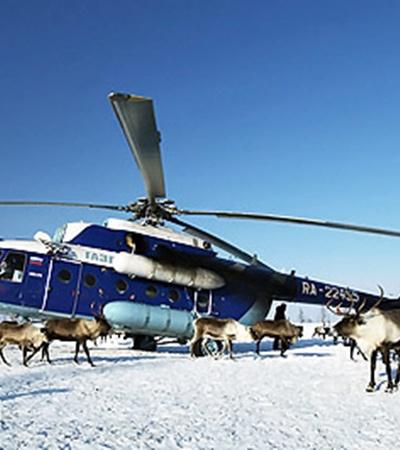 Зимой до местных жителей можно добраться только на вертолете.