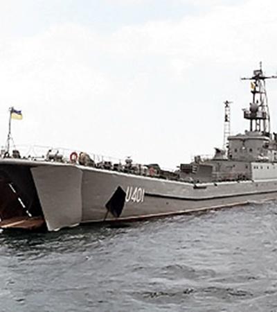 Теперь «Кировоград» будут ремонтировать 3 года, а четверо пострадавших моряков-десантников лечатся в госпиталях.