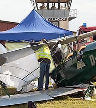 Один ретро-самолет после крушения пострадал значительно меньше.