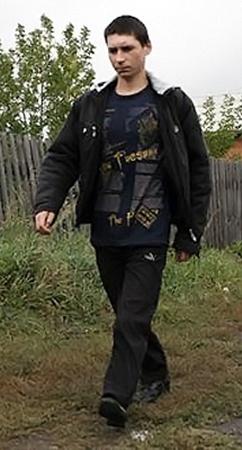 Александр Устюжанин - один из немногих призывников, мечтающих попасть на службу. Может быть, военные все-таки пойдут ему навстречу?