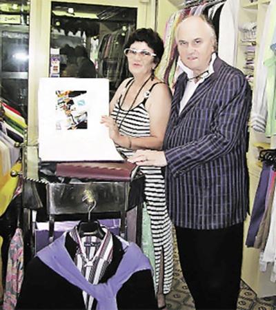 Супруги Бонуччи в своем бутике на Круазетт.