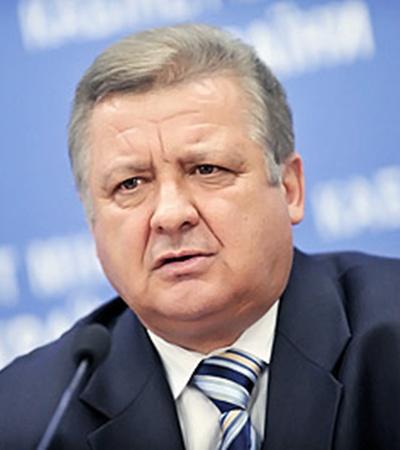 Министр ЖКХ Юрий Хиврич: - С1 октября все теплосистемы должны быть готовы к отопительному сезону.