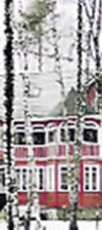 Внуковский дом актера юридически никак не был оформлен. Юлия Милославская выплатила 800 тысяч евро матери Абдулова за возможность оставить его за собой и дочерью Женей.