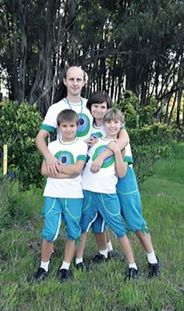 Матяжовы из Донецка мечтают выиграть  квартиру.