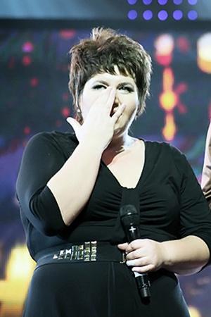 На сцене Наталья не могла сдержать слез.