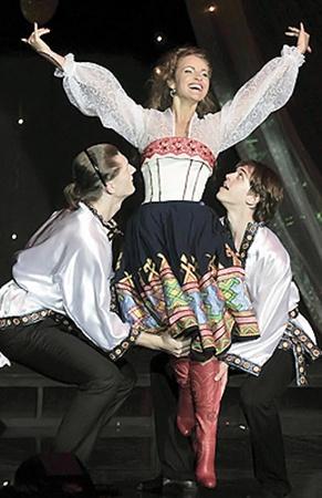 Конкурентки считают, что танцевальный номер Марины (на фото) был слишком простым.