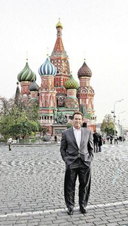 Незабываемая прогулка по Красной площади и по дорогущим бутикам ГУМа.