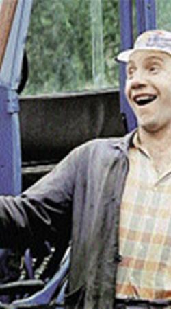 Савелий Крамаров на съемках мастерски рулил трактором.