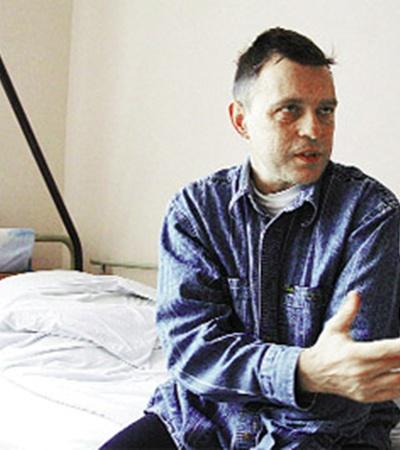 Валерий уже несколько недель живет без почек. Без операции ему не обойтись.