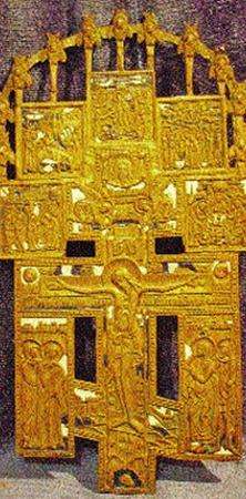 Староверческий эмалированный крест Галина отдала в российскую церковь вместе с бабушкиной иконой.
