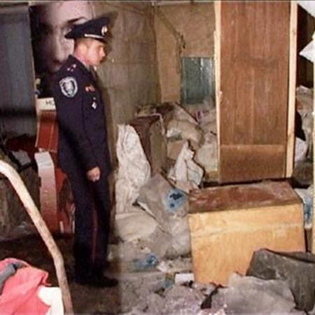 Только в той комнате, где рабы выполняли работу, горел свет. Фото: Факты