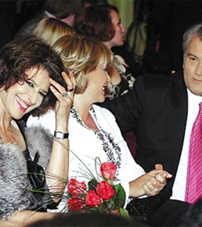 Виктор Ющенко с супругой на открытии «Молодости» сидели рядом с Фанни Ардан.