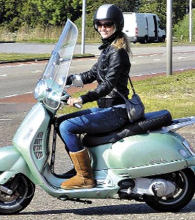 Теперь без регистрации за руль скутера не сядешь.