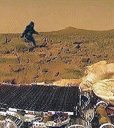 А вот йети уже на Марсе: коллаж, а выглядит правдоподобно.