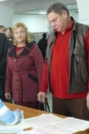 Лев Миримский голосовал в отличном настроении.