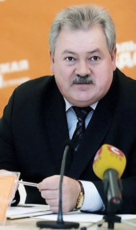 Валерий Лозовой: - Трения случаются: водитель доказывает, что не виноват, а инспектор - обратное.