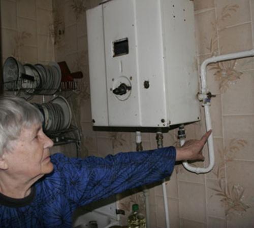 Зачастую газ отключают по вине самих жильцов, нарушающих правила эксплуатации газового оборудования.